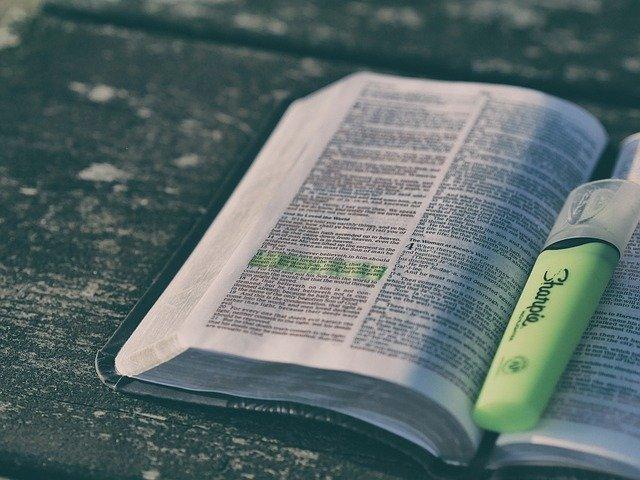 bible1867195_640.jpg